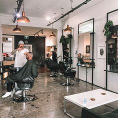 Slick Team are happy to be back on the tools after corona lockdowns. Short Hair Cuts, Short Hair Styles, Beard Grooming, Wet Shaving, Sit Back, Hair And Beard Styles, Haircuts For Men, Barbershop, Relax