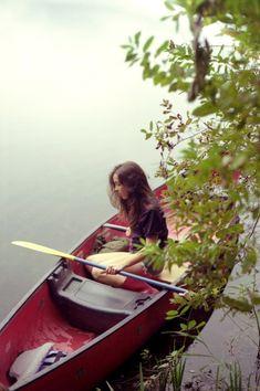 Canoe hideaway #boatonlakeserenity