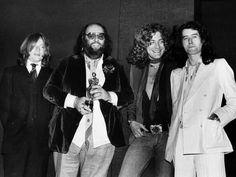 Led Zeppelin Iv, Great Bands, Che Guevara, Robert Plant, Painting, Art, Fashion, Art Background, Moda