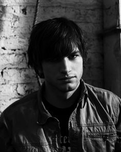 Ashton Kutcher Actor Picture, Actor Photo, Hot Actors, Hottest Actors, Nick Zano, Eye Of Horus Illuminati, Leo Howard, Imaginary Boyfriend, Ashton Kutcher