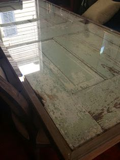 Newlywed in New Orleans: Salvaged Door Table Salvaged Doors, Old Doors, Recycled Furniture, Diy Furniture, Kitchen Nook, Dining Room Table, Porch Table, Apartment Design, Wood Projects