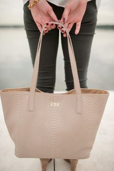GiGi New York | Brighton The Day Fashion Blog | Stone Teddie Tote #FALL