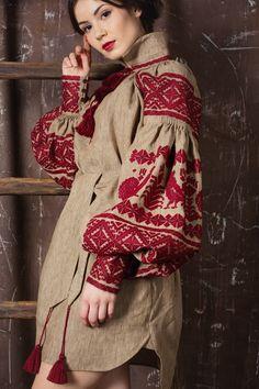 Авторская туника женская с вышивкой ручной работы, украинский орнамент Петух