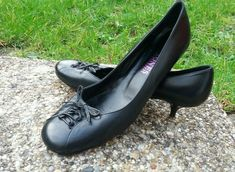 a83027c0 Jones Bootmaker black leather mid kitten heel court shoes size 6 lace up  bow det -