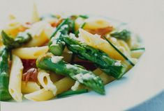 Pasta Salad with Horseradish & Cream, Asparagus and Air-Dried Ham #MyLobels