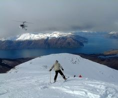 Skiing on Queenstown, New Zeeland