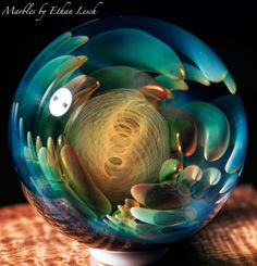 SILVER & GOLD FUMED MARBLE SIGNED BY ~ETHAN LESCH~ BOROSILICATE, BORO, ART, MIB #Glass Art Of Glass, Glass Artwork, Glass Ceramic, Mosaic Glass, Marble Crafts, Marbles Images, Glass Toys, Soul Mates, Stained Glass Projects