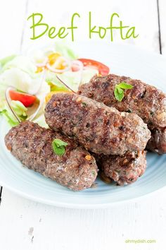 Spicy garlic flavors from this middle eastern beef kofta recipe. Serve with plain rice, a salad or potatoes. Recipe for 4 people, ready in 20 minutes.