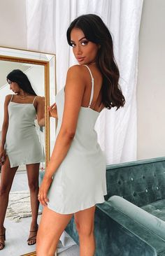 Nye Outfits, Curvy Outfits, White Mini Dress, Little White Dresses, Dress Shorts Outfit, Comfy Dresses, Homecoming Dresses, Graduation Dresses, Everyday Look
