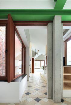 De Vylder Vinck Taillieu - Scheeplos house renovation, Gent 2014. Via, photos ©…