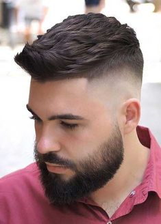 We share the best high fade haircut alternatives in this gallery. We believe that you will definetly find a great hairstyle for yourself. Just take a look. Popular Mens Hairstyles, Great Hairstyles, Straight Hairstyles, Cool Haircuts, Haircuts For Men, Corte Fade, High Fade Haircut, Medium Fade Haircut, Quiff Hairstyles