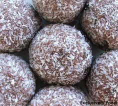 Exclusively Food: Rum Balls Recipe for Christmas