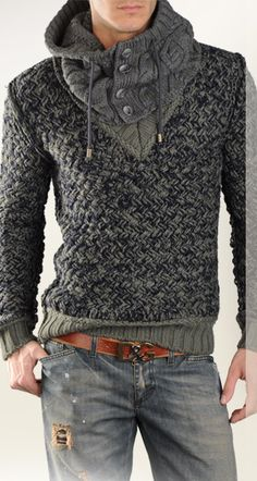 Knit sweater from Dolce & Gabbana.