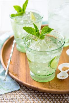 Thirsty for happy hour? Try our DDG Vodka Mojito tonight! Party Drinks, Cocktail Drinks, Fun Drinks, Cocktail Recipes, Alcoholic Drinks, Beverages, Drinks Alcohol, Vodka Mojito, Mojito Recipe