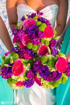 Vibrant wedding bouquets!