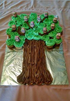 12 Owl Cake Pops Sittin' in a Tree - La Hoot Bakery - Akron, Ohio Monkey Cupcake Cake, Cupcake Tree, Cupcake Cakes, Fruit Cakes, Mini Cupcakes, Owl Cupcakes, Family Reunion Cakes, Owl Cake Pops, Baby Shower Sheet Cakes