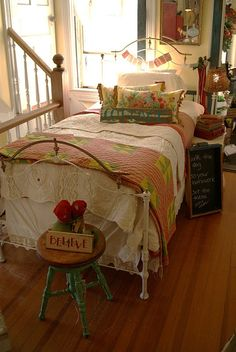 Shabby Chic Bed & Bedding, Iron Bedframe, Quilt with Pink Rose Pillows