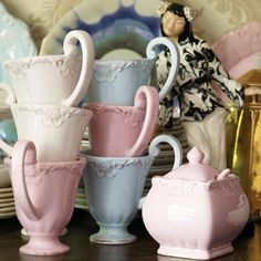 Drink your tea with elegance with these Bombay Duck cups from www.heavenlyhomesandgardens.co.uk