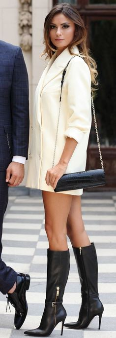 #spring #fashion #outfitideas |White Blazer Dress + Pop Of Black |