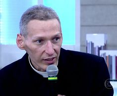 Padre Marcelo Rossi disse que nunca pediu em suicídio (Foto: TV Globo)