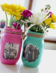 """Fridays at the Farm: Getting Rid of the Gray! Tutorial on 6 crafts to turn your gray into a """"POP"""" of color! Fridays at the Farm: Getting Rid of the Gray! Tutorial on 6 crafts to turn your gray into a POP of color! Crafts With Glass Jars, Jar Crafts, Mason Jar Gifts, Mason Jar Diy, Mason Jar Picture, Mason Jar Projects, Diy Projects, Mothers Day Crafts For Kids, Painted Jars"""