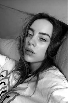 The Artist / Billie Eilish - Chapter 5 - Wattpad Billie Eilish, Picsart, Aesthetic Header, Aesthetic Colors, Aesthetic Photo, Snapchat Filter, Videos Instagram, My Idol, Kristen Stewart