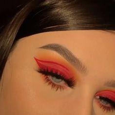 Eye Makeup Designs, Eye Makeup Art, Skin Makeup, Eyeshadow Makeup, Pin Up Makeup, Creative Eye Makeup, Colorful Eye Makeup, Makeup Trends, Makeup Tips