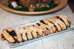 Heidelbeer-Topfen-Strudel Strudel, Sushi, Pie, Ethnic Recipes, Desserts, Food, Pies, Kuchen, Food Food