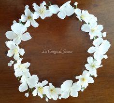 http://www.papaetmaman.fr/catalogue/ceremonie/couronne-de-fleurs-cortege-petite-fille-d-honneur-cerisiers-et-gypsophile-communion-ceremonie-mariage.html