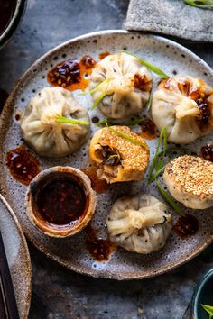 Mushroom Dumplings with Sweet Chili Ginger Sesame Sauce. Chinese Mushroom Dumplings with Sweet Chili Ginger Sesame Sauce. Chinese Mushroom Dumplings with Sweet Chili Ginger Sesame Sauce. Vegetarian Recipes, Cooking Recipes, Healthy Recipes, Vegetarian Dim Sum, Chili Recipes, Chinese Mushrooms, Sweet Chili, Spicy Chili, Chili Chili