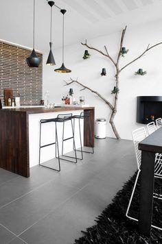 DIY interior tree decoration idea Source by monsieurpop Diy Interior, Interior Design Living Room, Kitchen Chandelier, Elle Decor, Home Deco, Interior Inspiration, Sweet Home, Indoor, House Design