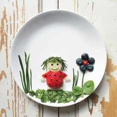 Cirkeline made out of melon, strawberry, spinach, squash, blueberry. Food art and creative food. Kids food ideas.