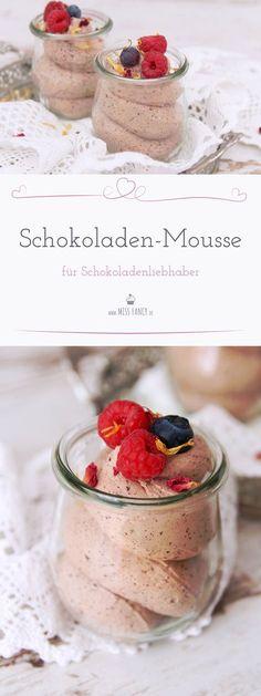 Schokoladen-Mousse Alaaarm heute bei Missfancy! Ich habe ein tolles Rezept gefunden, das musst du versuchen! Schokoladen-Mousse ganz schnell im Thermomix gemacht. Natürlich geht das auch ohne Thermomix #Schokolade #Schokoladenmousse