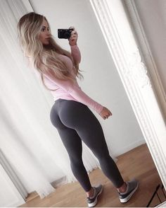 YOUNG FIT AND SENSUAL DREAM GIRLFRIEND FANTASY - April 23 2017 at 03:32PM : Health Exercise #Fitspiration #Fitspo FitFam - Crossfit Athletes - Muscle Girls on Instagram - #Motivational #Inspirational Physiques - Gym Workout and Training Pins by: CageCult