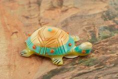 Beautiful Zuni Turtle Fetish Created by Zuni Artist Laura Quam. http://www.treasuresofthesouthwest.com/zuni-indian-fetishes.html