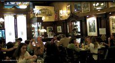 Tortoni und die Unsterblichkeit - Café Tortoni, Buenos Aires, Argentinien