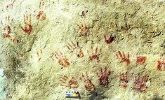 Río Farfacá, Boyacá. En este mural de la vereda Tras el alto (Tunja-Motavita), se han identificado  nueve pares de improntas de manos que parecen corresponder a dos individuos adultos diferenciados.