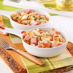 Casserole with ham, brie and pears - Dinners week - Recipes - Quick Recipes - Pratico Practice Quick Recipes, Quick Meals, Cooking Recipes, Brie, Casserole Recipes, Pasta Salad, Ham, Entrees, Potato Salad