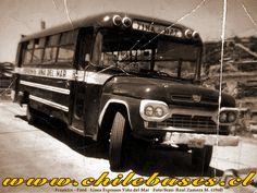 Chile, Ford, Lineman, Antique Photos, Container Plants, Santiago, Chili Powder, Chilis, Ford Trucks