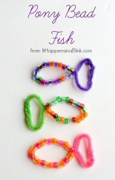 Pony Bead Fish from It Happens in a Blink- uses pony beads and pipe cleaners. Great for Vacation Bible School. Includes video tutorial.
