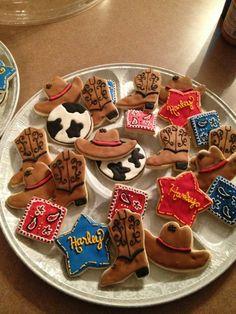 Cowgirl cookies BY Kelly Cowboy Birthday, 2nd Birthday, Baby Shower Cookies, Baby Shower Gifts, Cowgirl Cookies, Western Parties, Cookie Decorating, Birthday Invitations, Birthdays