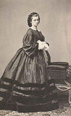 Duchesse Sophie en Bavière (1847-1897), épouse en 1868 le prince Ferdinand d'Orléans (1844-1910) duc d'Alençon