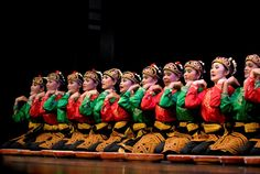 Saman Dance from ACeh Indonesia