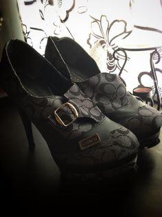 63) Zapatos #6 $300  *pocas puestas
