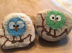 paint stones, rugged natural stones painted with little birds on bouquets . paint stones, rugged natural stones painted with little birds on green and blue bouquets, crafts for children fo. Rock Painting Patterns, Rock Painting Ideas Easy, Rock Painting Designs, Pebble Painting, Pebble Art, Stone Painting, Stone Crafts, Rock Crafts, Arts And Crafts