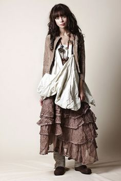 beautiful clothing collections from Swedish clothing designer Ewa iWalla.  I love all the layered linen, wool and cotton fabrics in neutral colors.