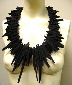 Felt jewellery by urbandon 2011