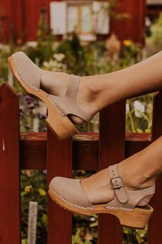 Come shop our handcrafted clogs for your spring wardrobe! Clogs are the perfect shoes to complete your Easter outfit! Ankle Strap Heels, Ankle Straps, Strappy Heels, High Heels, Leather Clogs, Poses, Luxury Shoes, Cute Shoes, Trendy Shoes