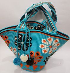 Worki mochilla i wayuu Tapestry Crochet Patterns, Crochet Patterns Amigurumi, Mochila Crochet, Ethnic Bag, Tapestry Bag, Crochet Purses, Crochet Bags, Handmade Purses, Boho Bags
