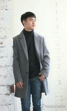 Do kyungsoo - Pure love movie interview Chanyeol, Kyungsoo, Do Kyung Soo, Precious Children, Kaisoo, Exo Members, Love Movie, Suit Jacket, Kpop